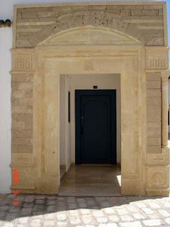 Фотография из раздела - красивые двери, ворота и просто проходы: Тунис, Хаммамет.