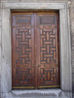 Фотография из раздела - красивые двери, ворота и просто проходы: Турция, Стамбул.